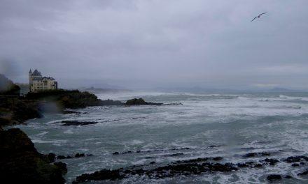 Une journée à Biarritz sous la pluie
