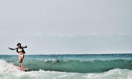 Le surf, une activité idéale pour décompresser !