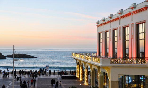 Les Casinos de Biarritz, cartes sur plage