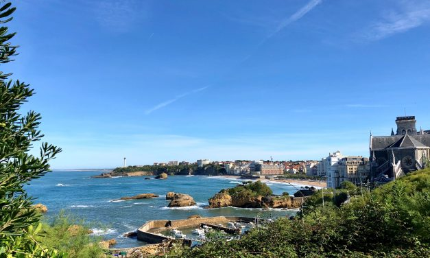 Découvrir Biarritz par le front de mer
